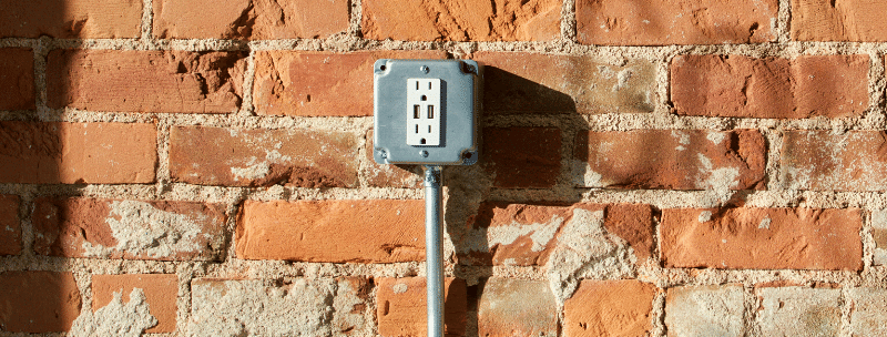 Electricity from red bricks